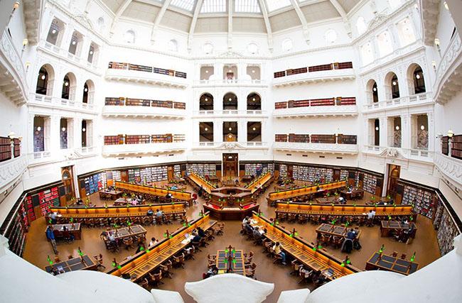 Choáng ngợp với những thư viện đẹp nhất thế giới - 8
