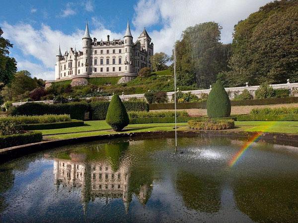 Những lâu đài đẹp ngẩn ngơ thường xuyên xuất hiện trong các bộ phim nổi tiếng - 1