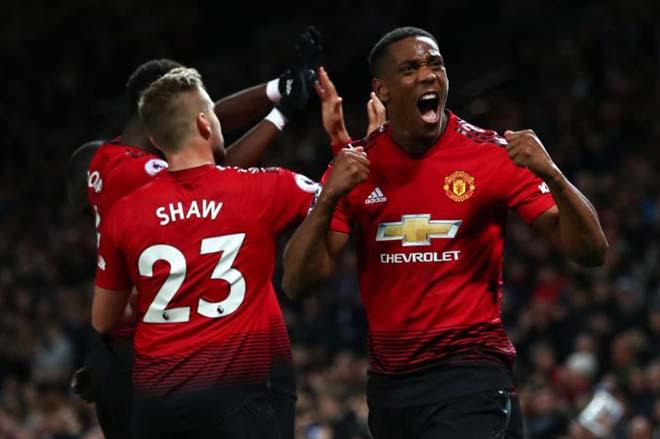 Martial hay nhất MU: Triệu fan nức nở siêu anh hùng cứu rỗi Mourinho - 2