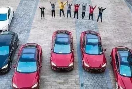 21 tuổi lập nghiệp, 5 năm sau thành tỷ phú, tặng xe hơi cho cả công ty - 2