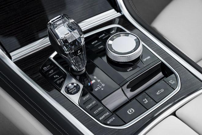 BMW 8-Series 2019 mui trần chính thức ra mắt: Giá tương đương 2,79 tỷ đồng - 15