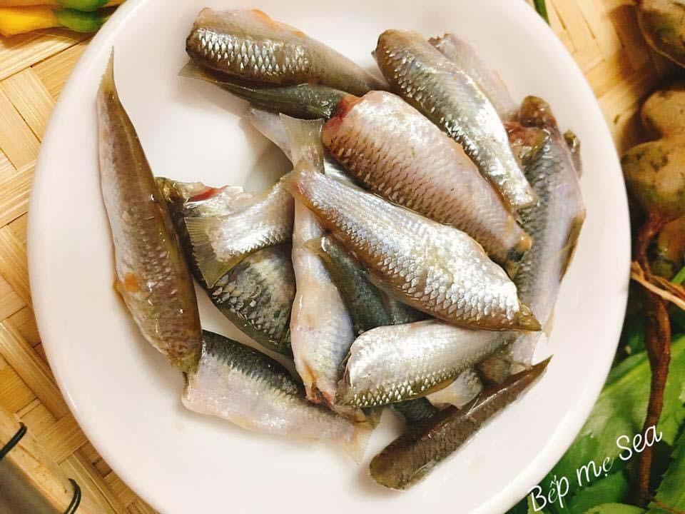 Canh chua cá linh thanh mát ăn là mê - 3