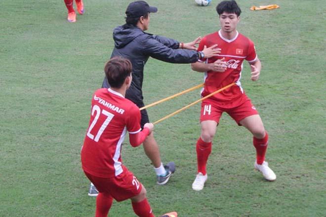Đội tuyển Việt Nam tại AFF Cup 2018: Thành bại tại… thể lực? - 1
