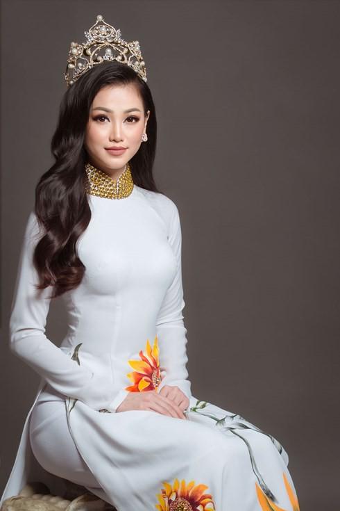 Hoa hậu Trái đất Phương Khánh nói gì về giây phút đăng quang? - 2