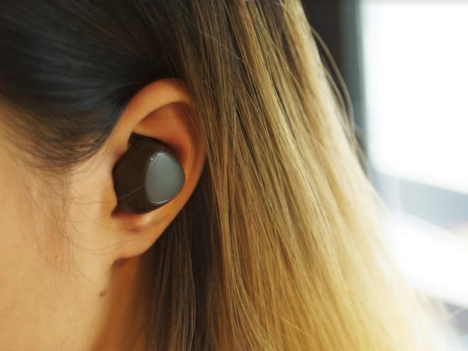 Đánh giá tai nghe không dây Samsung Gear IconX 2018: Thiết kế đỉnh - 3
