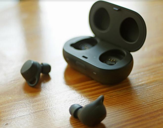 Đánh giá tai nghe không dây Samsung Gear IconX 2018: Thiết kế đỉnh - 7