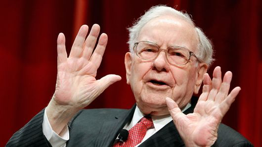 Apple đánh bay 4 tỷ USD của tỷ phú Warren Buffett chỉ trong 1 ngày - 1