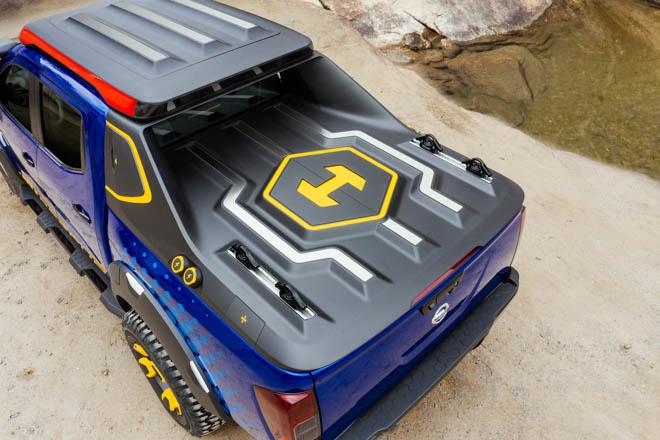 Cận cảnh Nissan Navara Sentinel phiên bản xe cứu hộ khẩn cấp - 11