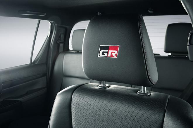 Toyota Hilux bổ sung thêm phiên bản GR Sport, giới hạn 420 chiếc - 8