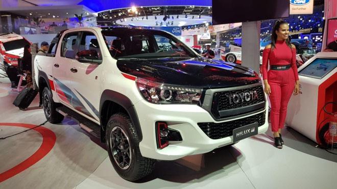 Toyota Hilux bổ sung thêm phiên bản GR Sport, giới hạn 420 chiếc - 1
