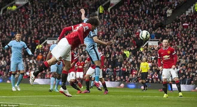 """Derby Manchester: MU chơi """"bóng chết"""" & những người khổng lồ của Mourinho - 2"""