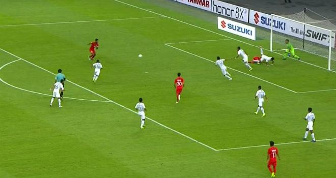 Singapore - Indonesia: Thẻ đỏ & cú vô-lê định đoạt (AFF Cup) - 1
