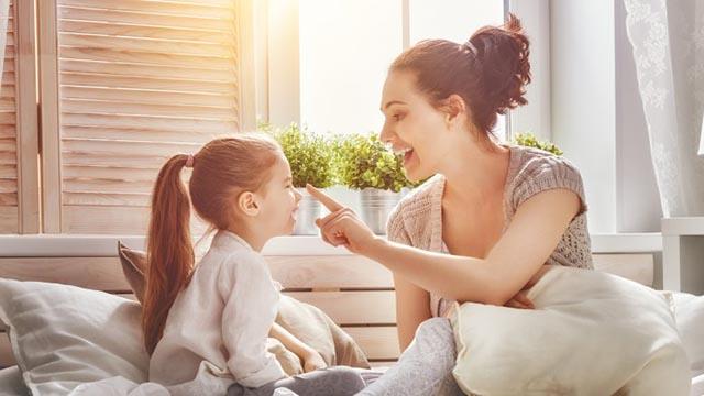 Muốn con thông minh, sống tình cảm bố mẹ nên nói những câu này mỗi ngày - 2