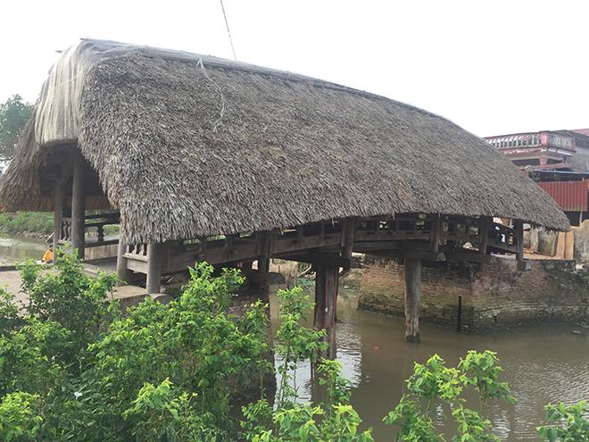 """Điều ít biết về cây cầu lợp mái lá """"độc nhất vô nhị"""" ở Việt Nam - 2"""