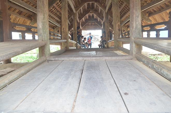 """Điều ít biết về cây cầu lợp mái lá """"độc nhất vô nhị"""" ở Việt Nam - 4"""