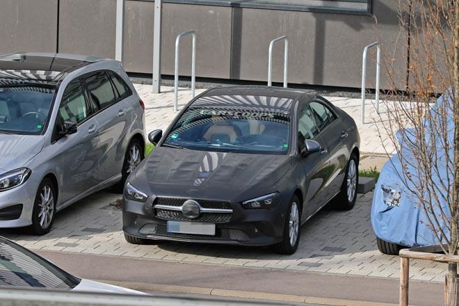 Mercedes-Benz CLA 2019 lộ hình ảnh chạy thử, dự kiến ra mắt cuối năm - 2