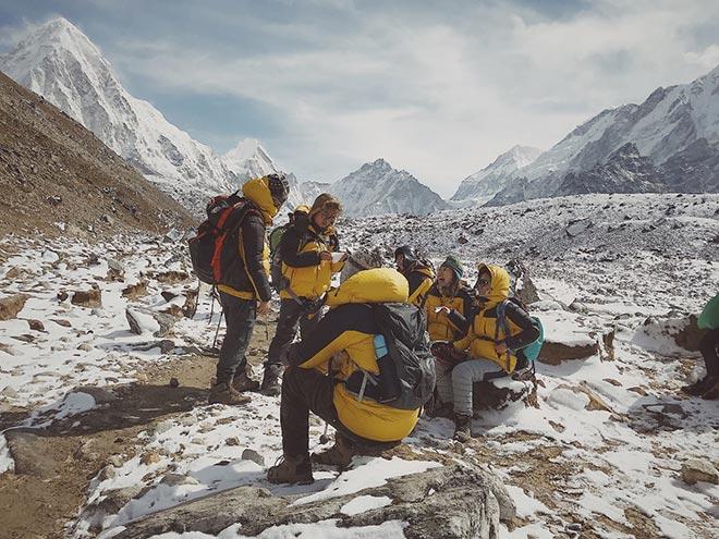 9x mơ ước chinh phục đỉnh Everest: tiếc vài chục nghìn khiến tôi suýt không về nước được! - 3