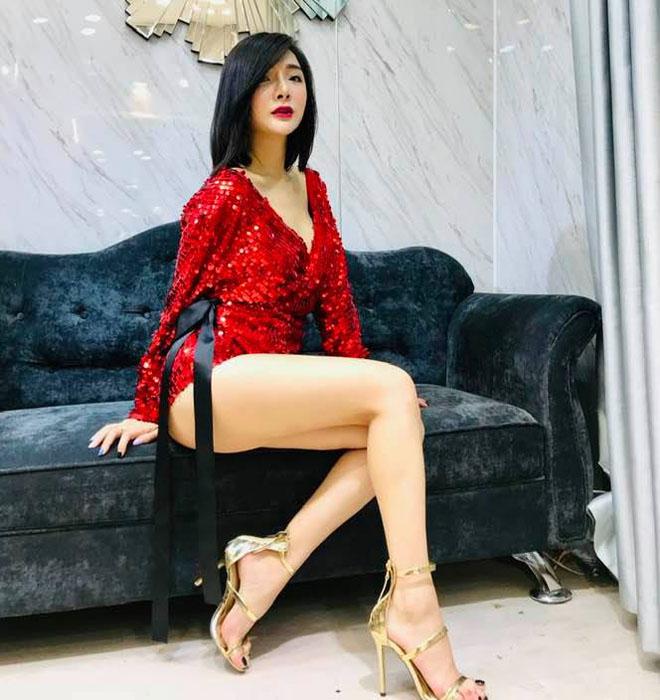 Lộ diện hoa khôi chuyển giới Hà Nội đẹp như Angela Phương Trinh - 7