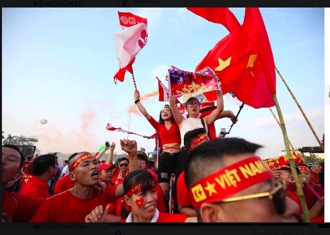 AFF Cup: Fan Việt nhuộm đỏ Facebook trước trận Việt Nam - Malaysia - 10