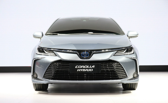 Toyota Corolla Sedan thế hệ mới 2019 chính thức lộ diện - 4