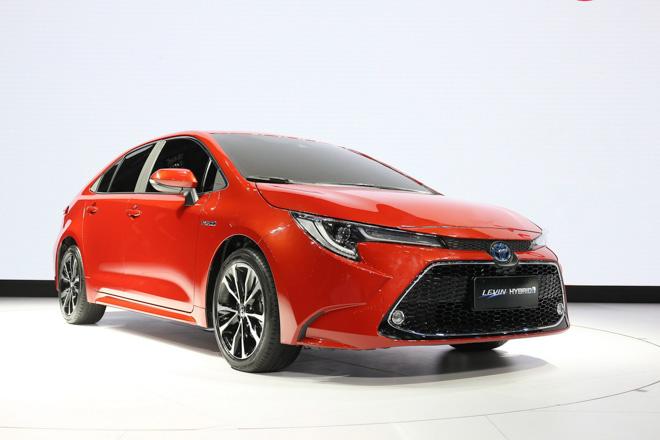 Toyota Corolla Sedan thế hệ mới 2019 chính thức lộ diện - 9