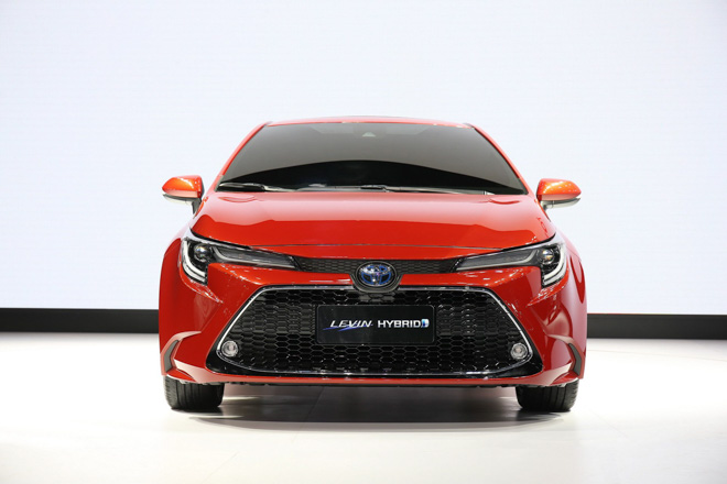 Toyota Corolla Sedan thế hệ mới 2019 chính thức lộ diện - 10