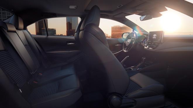 Toyota Corolla Sedan thế hệ mới 2019 chính thức lộ diện - 7
