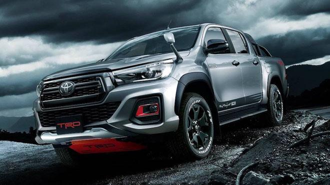 Toyota Hilux cực ngầu với gói phụ kiện TRD Black Rally - 1
