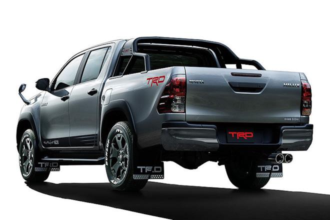 Toyota Hilux cực ngầu với gói phụ kiện TRD Black Rally - 3
