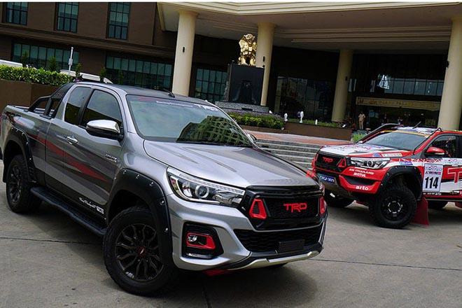 Toyota Hilux cực ngầu với gói phụ kiện TRD Black Rally - 6