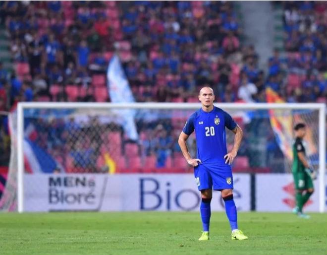 Chờ đấu Việt Nam, fan Myanmar khốn khổ săn vé