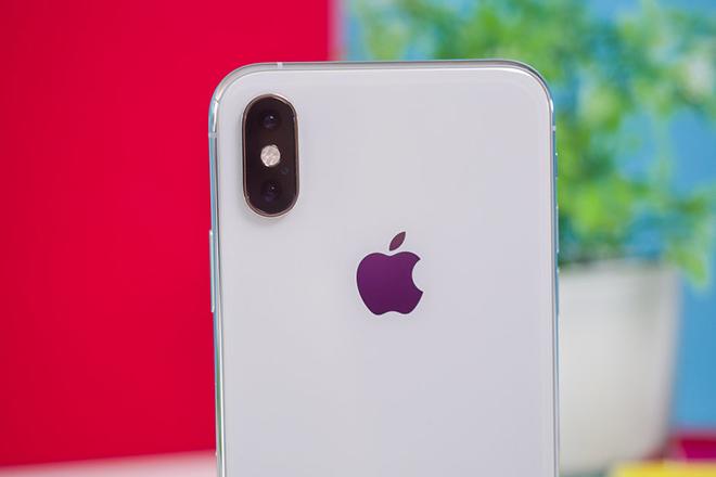 Apple vững mạnh modem riêng cho iPhone - tới phiên Intel lo sốt vó