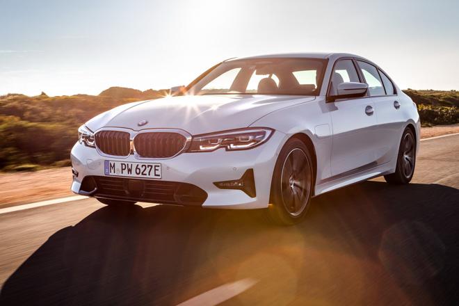 BMW giới thiệu phiên bản 330e 2019: Tiêu hao nhiên liệu đạt 1,7L/100km - 1