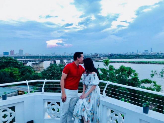 """Bà xã xinh đẹp được MC Hoa Thanh Tùng """"giấu kín"""" suốt 15 năm - 3"""