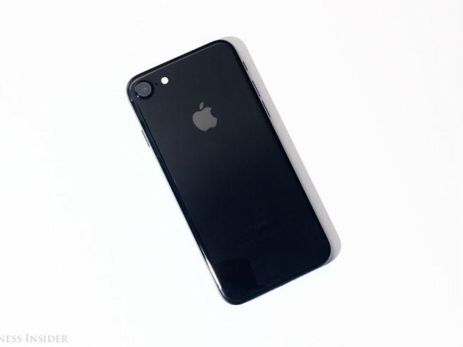 7 iPhone đáng mua nhất hiện nay - bất ngờ với cái tên đứng đầu - 5