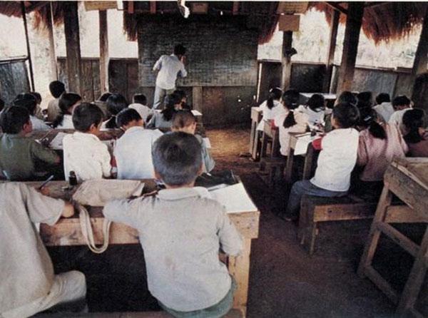 Những bức ảnh quý hiếm về nghề giáo thời chiến tranh - 5