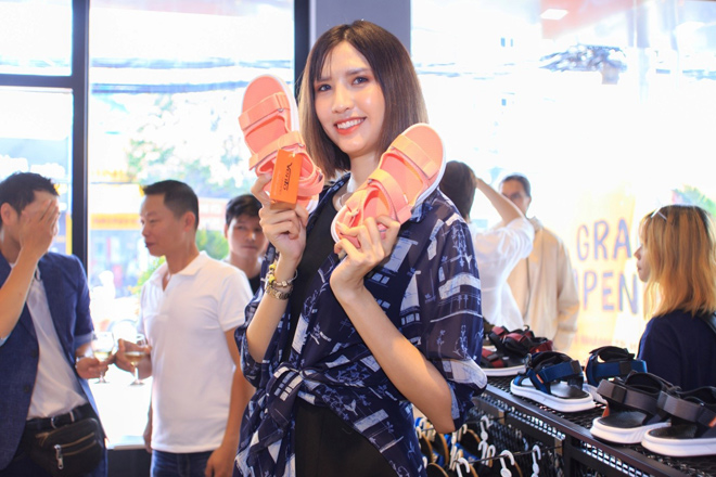 Phong cách Streetwear Nhật Bản gây sốt trong BST giày dép VENTO 2019 - 3