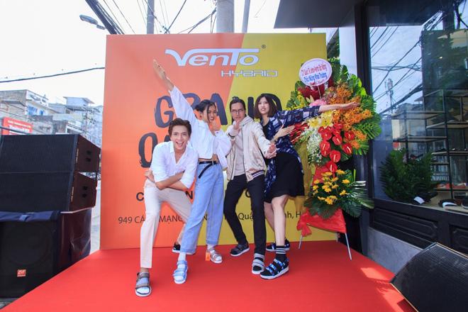 Phong cách Streetwear Nhật Bản gây sốt trong BST giày dép VENTO 2019 - 5