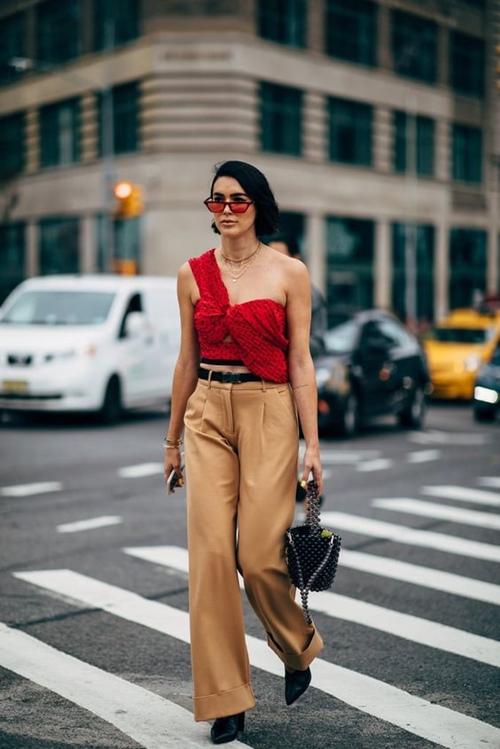 Có nên mặc màu đỏ tới công sở? - 3