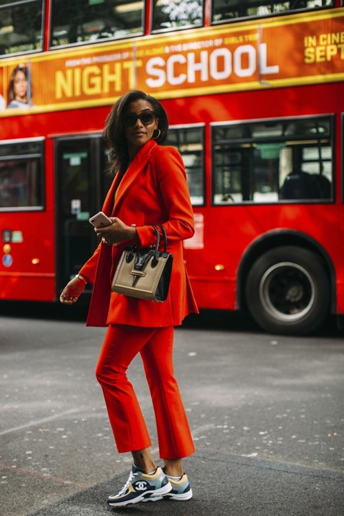 Có nên mặc màu đỏ tới công sở? - 6