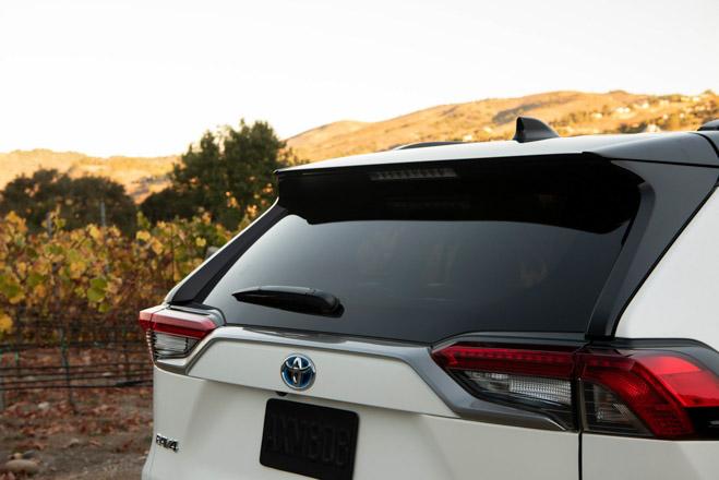 Toyota RAV4 2019 có giá từ 25.500 USD tại Mỹ - 7