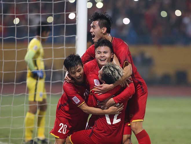 """Việt Nam đại thắng Campuchia: """"Tam tấu"""" Hải - Đức - Linh, ai hay nhất? - 2"""