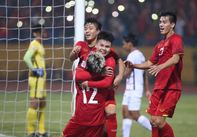"""Việt Nam đá bán kết AFF Cup: Bại tướng Philippines từng 6 lần """"ôm hận"""" - 1"""