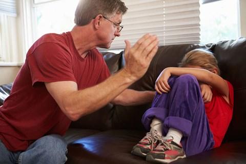 Một số bang ở Mỹ cho phép giáo viên đánh học sinh như thế nào? - 1