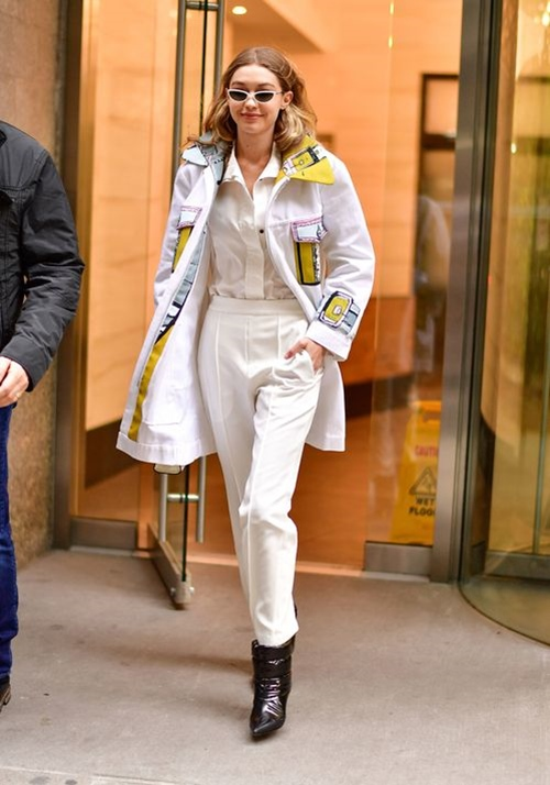 Bộ sưu tập áo khoác đáng mơ ước của Gigi Hadid - 1