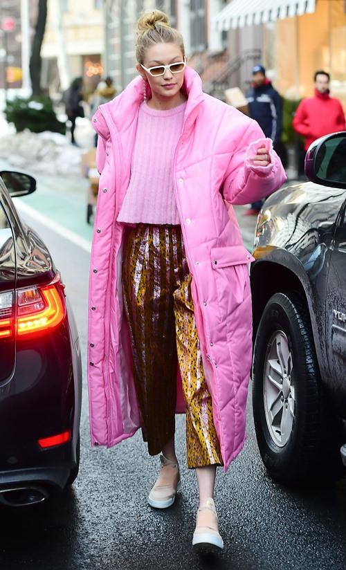 Bộ sưu tập áo khoác đáng mơ ước của Gigi Hadid - 2