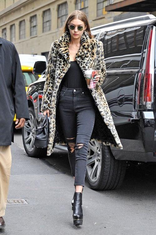 Bộ sưu tập áo khoác đáng mơ ước của Gigi Hadid - 3