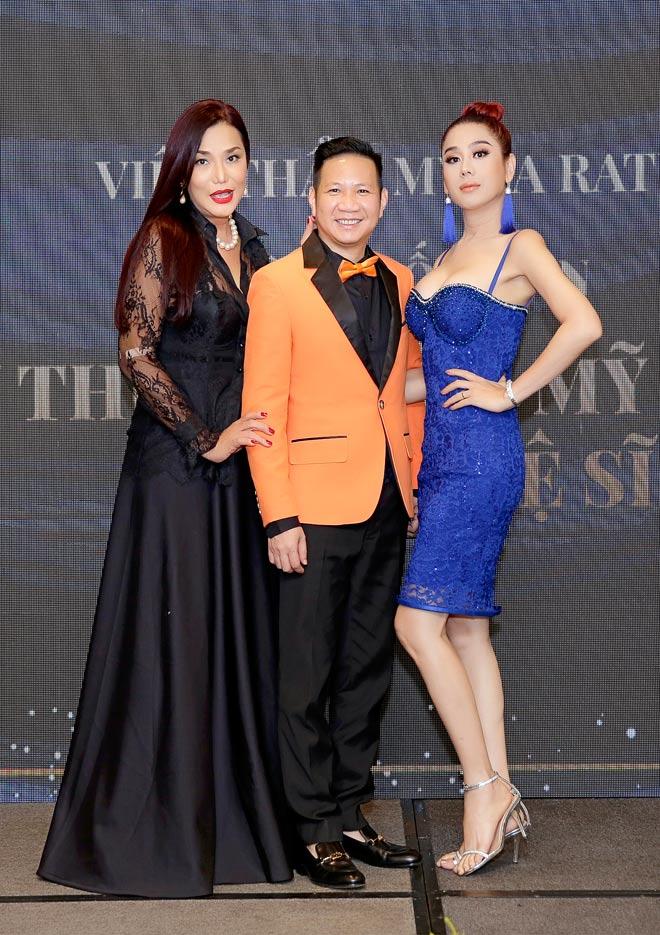 Lâm Khánh Chi và Cindy Thái Tài rủ nhau đến BS Võ Thành Trung làm đẹp - 1