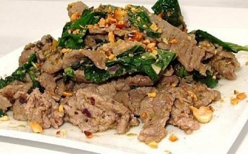 Thịt bò xào lá lốt ngon cơm cho bữa tối - 4