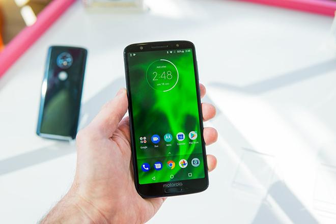 Điểm mặt những smartphone 2018 xứng với đồng tiền bát gạo